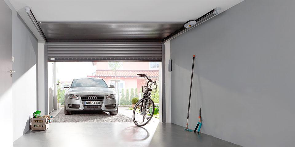 Thema-Garagedeuren—Roma—20451_GECCO_Garage_innen_leer(ENT_I