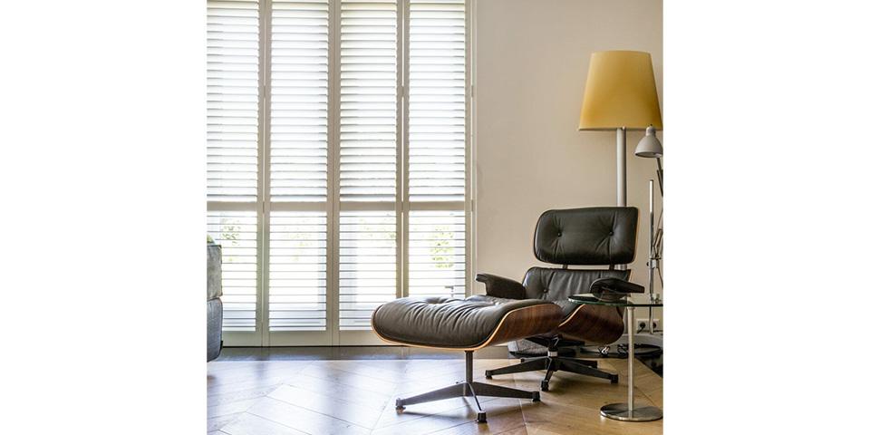 zonnelux-shutters-in-woonkamer-1024×1024-kopieren