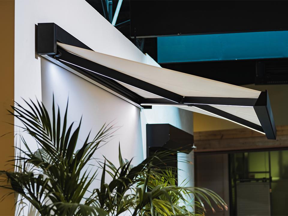 Winsol-Linasol-awning-led-lighting-arms kopiëren